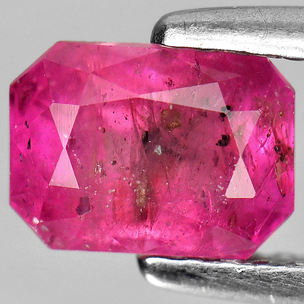 1.63 CT.  FLASH GEM  NATURAL RED PINK RUBY MADAGASCAR
