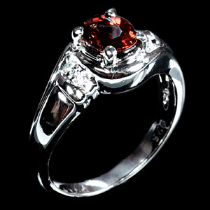 3.49 G. Natural Rhodolite Garnet Sterling Silver Ring 6