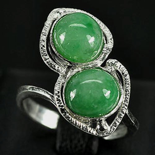 3.46 G. Nice-Looking Natural Green Jade Sterling Silver Ring Size 6
