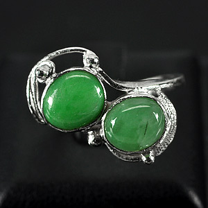 3.35 G. Alluring Natural Green Jade Sterling Silver Ring Size 6.5