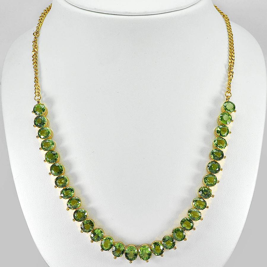 154.80 Ct. Clean Natural Green Peridot Nickel Necklace