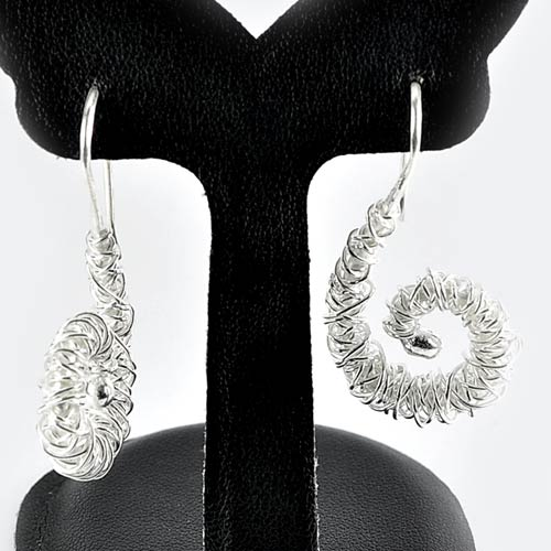 10.05 G. Beauteous 70 Sterling Silver Jewelry Earrings Spiral