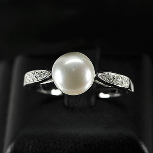2.86 G. New Design Natural White Pearl Jewelry Sterling Silver Ring Size 10