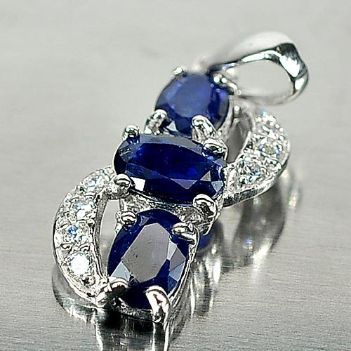 1.45 G. Alluring Natural Blue Sapphire 925 Silver Jewelry Pendent