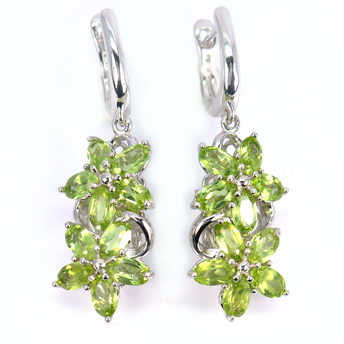 5.90 G. Charming Natural Green Peridot Real 925 Sterling Silver Jewelry Earrings