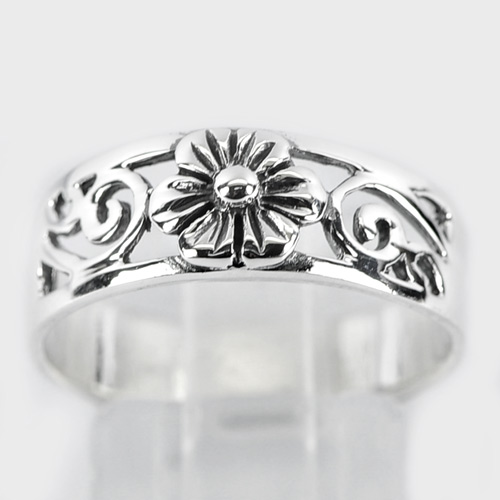 3.21 G. Real 925 Sterling Silver Design Flower Beautiful Ring Jewelry Size 9