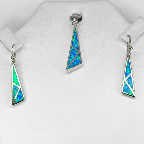 8.33 G. 925 Sterling Silver Jewelry Sets Blue Created Opal Pendant And Earrings