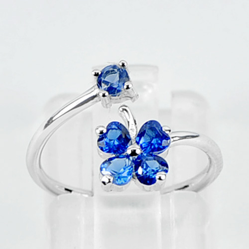 1.13 G. Real 925 Sterling Silver Jewelry Ring Size 4.5 Beautiful Heart Blue CZ