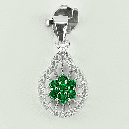 1.40 G. Alluring Flower Design Green CZ Real 925 Sterling Silver Jewelry Pendant