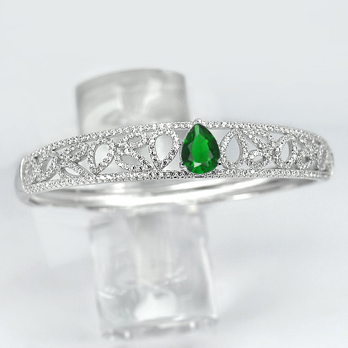 19.03 G. Pear Shape Green CZ Real 925 Sterling Silver Bangle Diameter 58 mm.