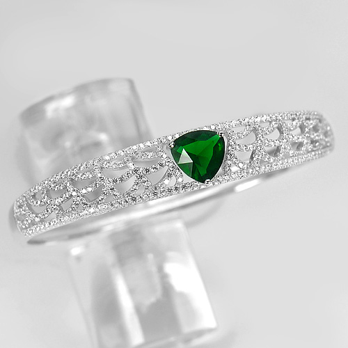 18.97 G. Trilliant Shape Green CZ 925 Sterling Silver Bangle Diameter 59 mm.