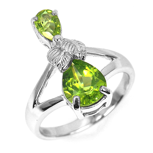 4.69 G. Charming Natural Gem Green Peridot Real 925 Sterling Silver Ring Size 7