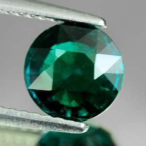 1.34 Ct. VVS Round Green Emerald Created Russia