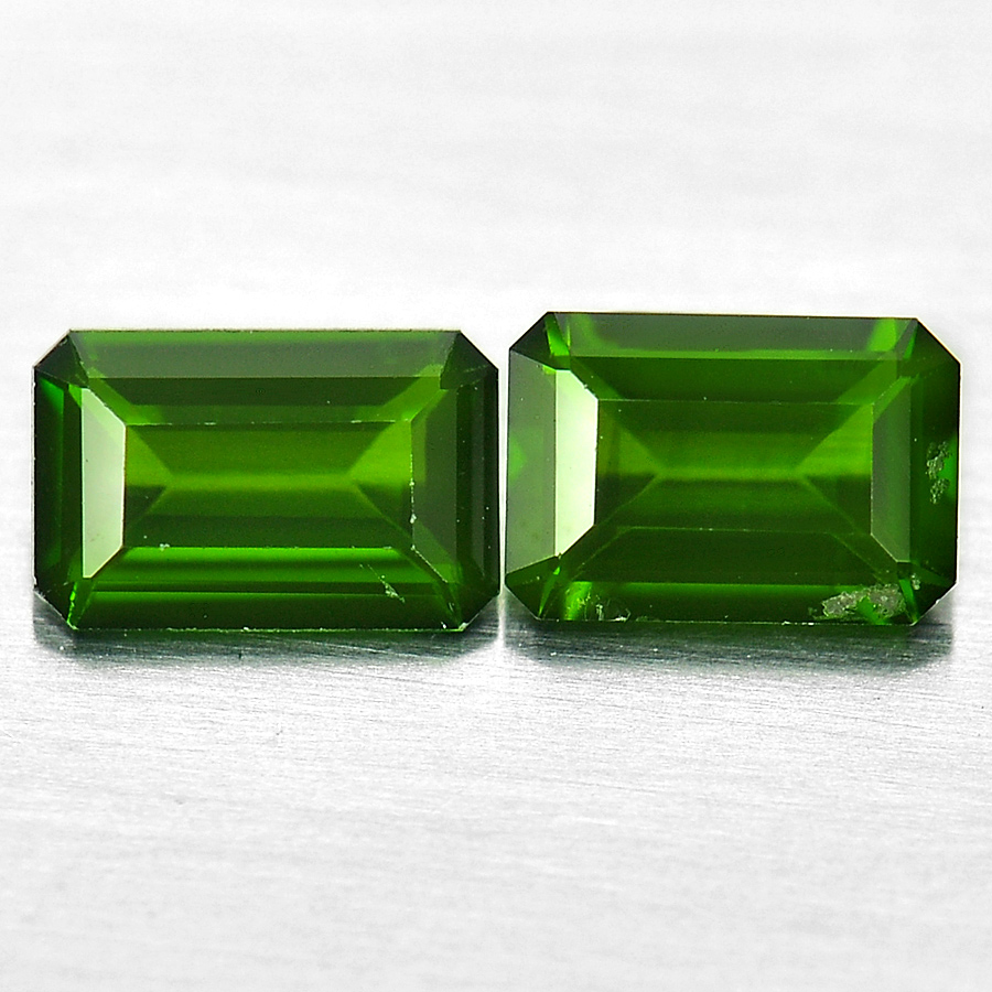 Unheated 1.01 Ct. 2 Pcs. Octagon Natural Gems Green Chrome Diopside