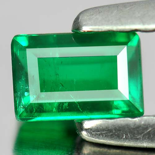 0.24 Ct. Good Baguette Natural Gem Green Emerald From Columbia