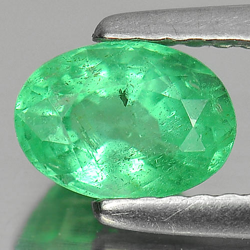 0.79 Ct. Good Oval Shape Natural Gem Green Emerald Unheated