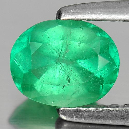 0.76 Ct. Oval Shape Natural Green Emerald Gemstone Unheated 802402727