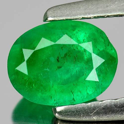 0.63 Ct. Natural Green Emerald Gemstone Oval Shape Size 6.4 x 5 Mm.