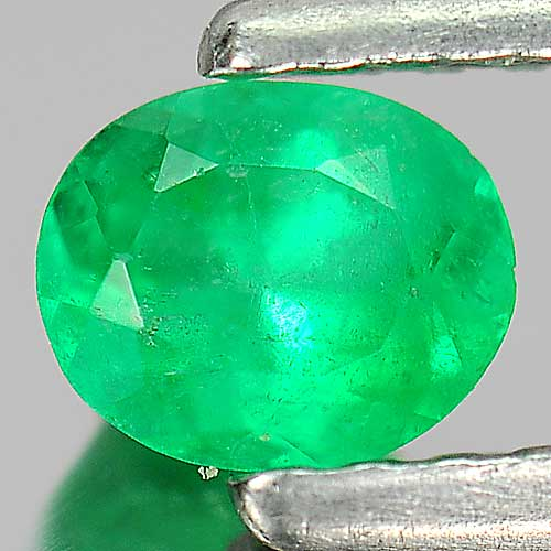 0.33 Ct. Natural Green Emerald Gemstone Oval Shape Unheated