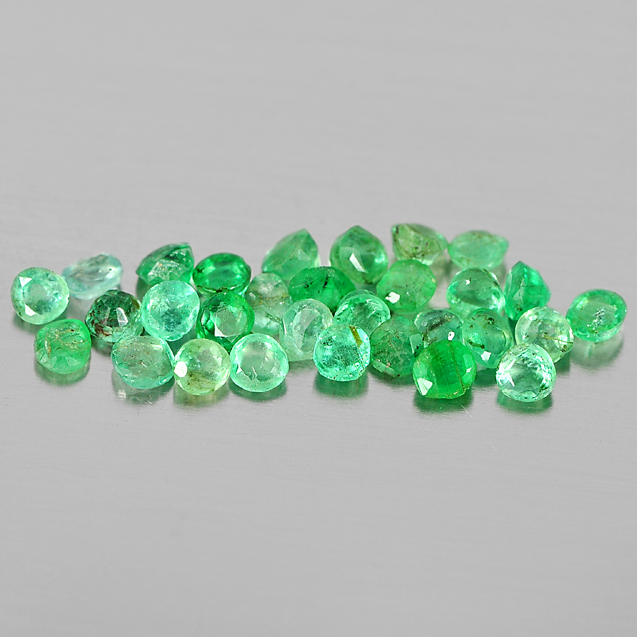 1.17 Ct. 30 Pcs. Good Round Shape Natural Gems Green Emerald From Columbia
