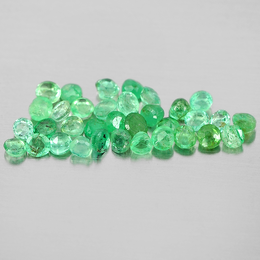 1.33 Ct. 34 Pcs. Natural Green Emerald Round Shape From Columbia