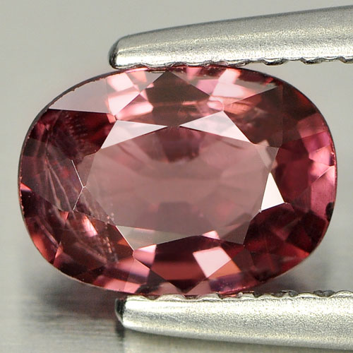 0.94 Ct. Oval Natural Purplish Pink Rhodolite Garnet