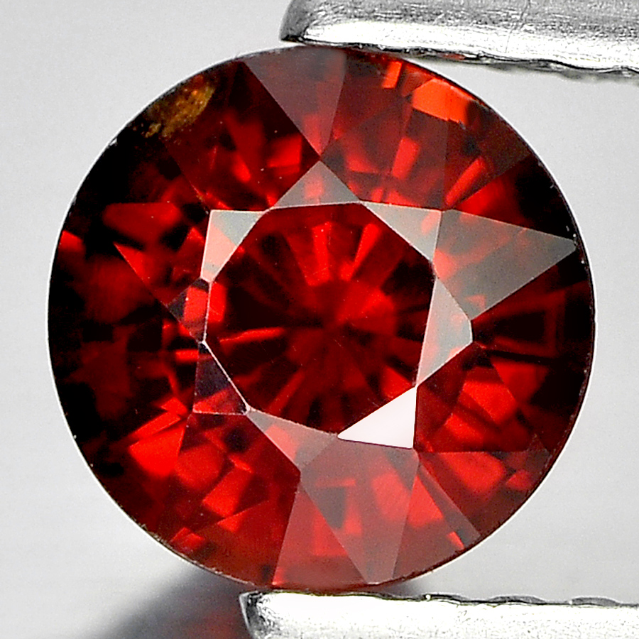 1.24 Ct. Alluring Round 6.2 mm. Natural Gem Reddish Orange Spessartine Garnet