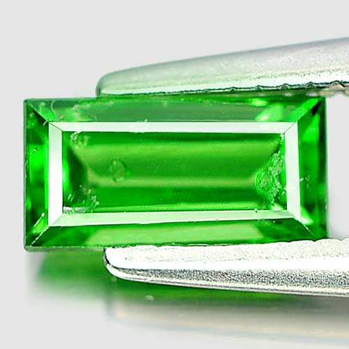 0.77 Ct. Good Baguette Natural Gem Green Tsavorite Garnet Tanzania