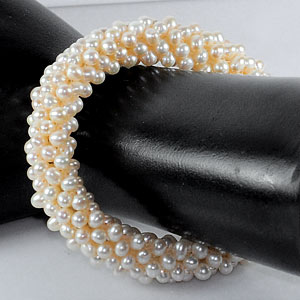 170.95 Ct. Wonderful Natural White Pearl Bracelets