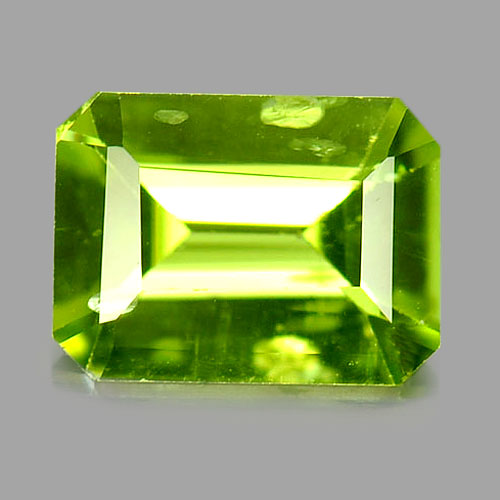 Green Peridot Octagon Shape 1.36 Ct. Natural Gemstone Unheated