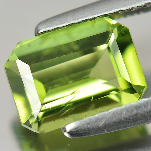 1.27 Ct. Octagon Shape Natural Gemstone Green Peridot Unheated