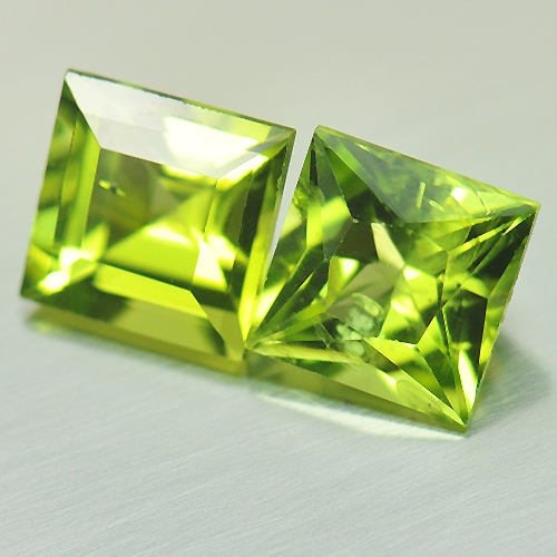 2.55 Ct. 2 Pcs. Beauteous Gems Square Natural Green Peridot Unheated