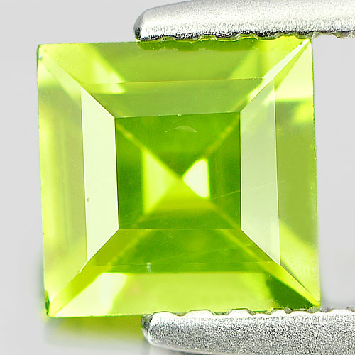 Unheated 0.93 Ct. Natural Gemstone Green Peridot Square Shape From Pakistan