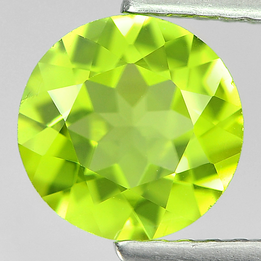 1.33 Ct. Round Shape Natural Gem Green Color Peridot From Pakistan Unheated