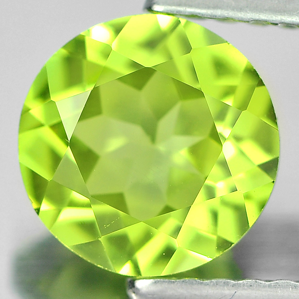 1.34 Ct. 7 Mm. Round Shape Natural Gemstone Green Peridot From Pakistan Unheated