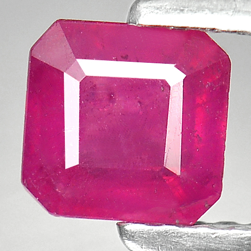 0.86 Ct. Pretty Natural Red Pink Ruby Madagascar Gem