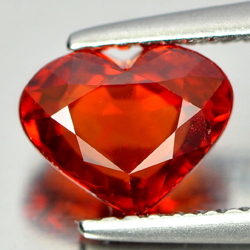 Red Sapphire 2.01 Ct. Heart Shape 8.1 x 6.4 Mm. Natural Gemstones Tanzania