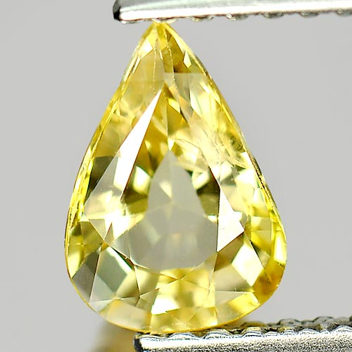 0.98 Ct. Attractive Pear Natural Gem Light Yellow Ceylon Sapphire