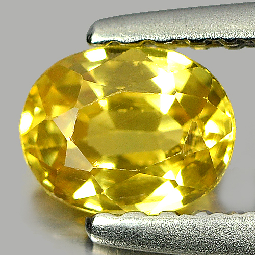 0.58 Ct. Sparkling Oval Natural Yellow Sapphire Gemstone Thailand