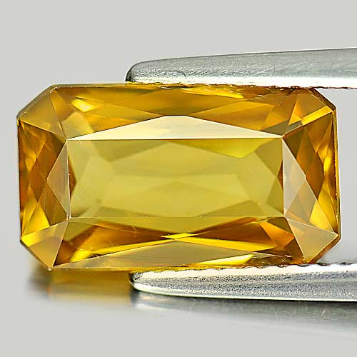 6.55 Ct. Octagon Shape Natural Gemstone Clean Yellow Zircon From Cambodia