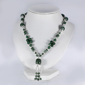 373.80 Ct. Nice Natural Green Jade Bead Nickel Necklace