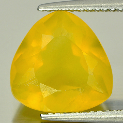 3.75 Ct. Trilliant Shape Natural Gemstone Yellow Opal Unheated From Mexico