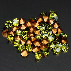 53 Pcs. Diamond Cut Lime Green CRYSTAL Grade AAA